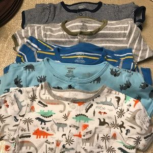 Lot of 5 Boys Carter's Rompers 18mo